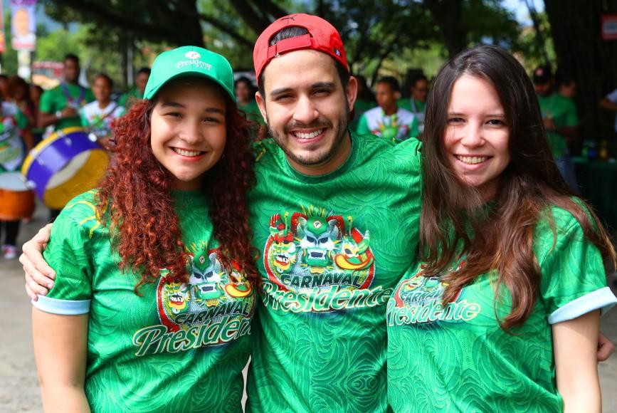 2.-Marie Montas, Carlos Espinal y Michelle Arthur.