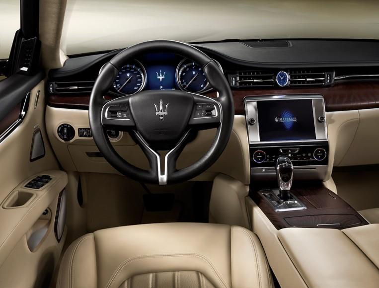 Quattroporte-Interior
