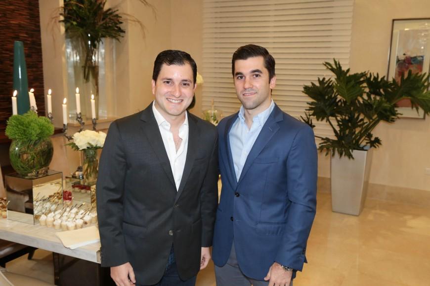 14 Jean Sánchez y Ricky Tarrazo