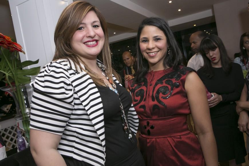Anell Fernández y Estefania Lozada