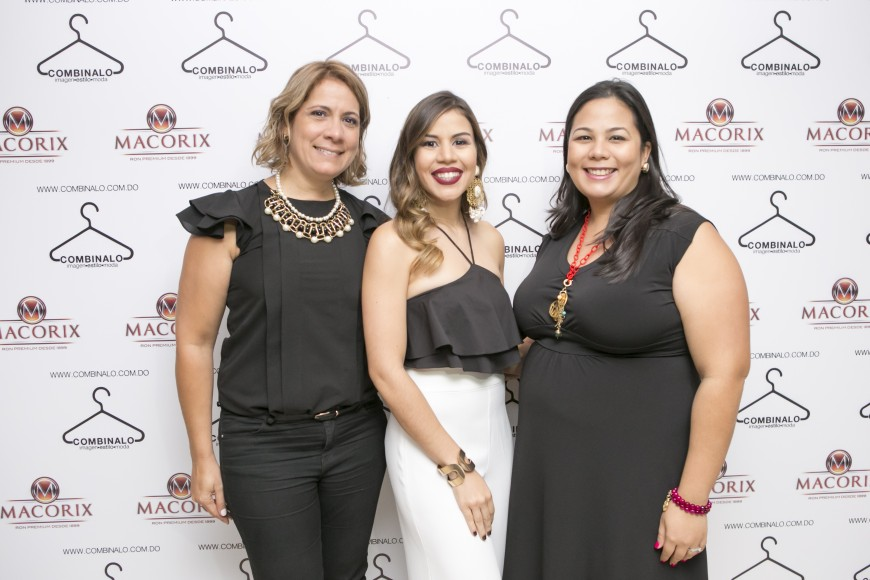 Giovana Ferrando,Laura Villamán y Nicole Pons