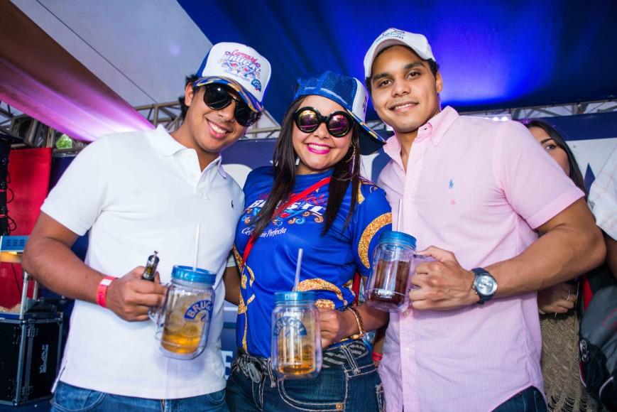 Jhoan Tejeda, Eduardo Navarro y Chantal González