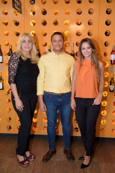 1 (Principal) Gladys Contreras, José Miguel Guerrero y