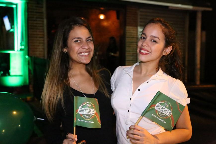 6 Nathalie Cuevas y Melissa Acevedo