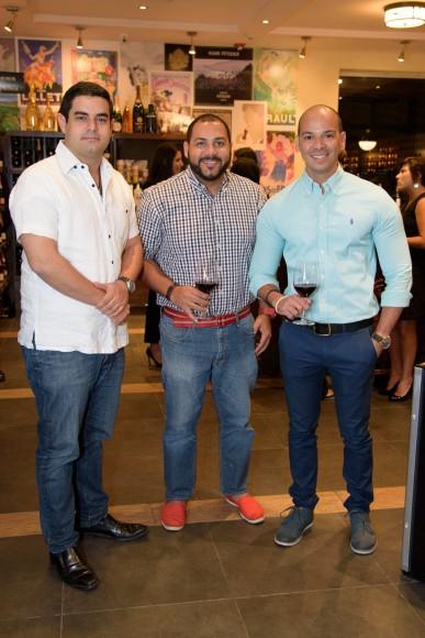7 Carlos García Canela, Cristian Pérez e Isael Languasco