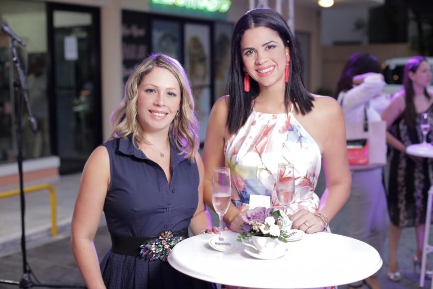 7. Dinorah Ascencio y Patricia Peynado