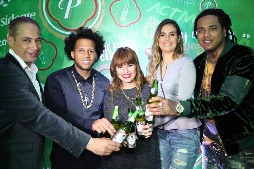 PRINCIPAL 2 Francis Gallardo, El Alfa, Melymel, Melissa Martínez y Shelow Shaq