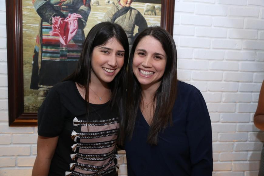 10.Maria Daniela Cordero y Maria Beatriz Cordero