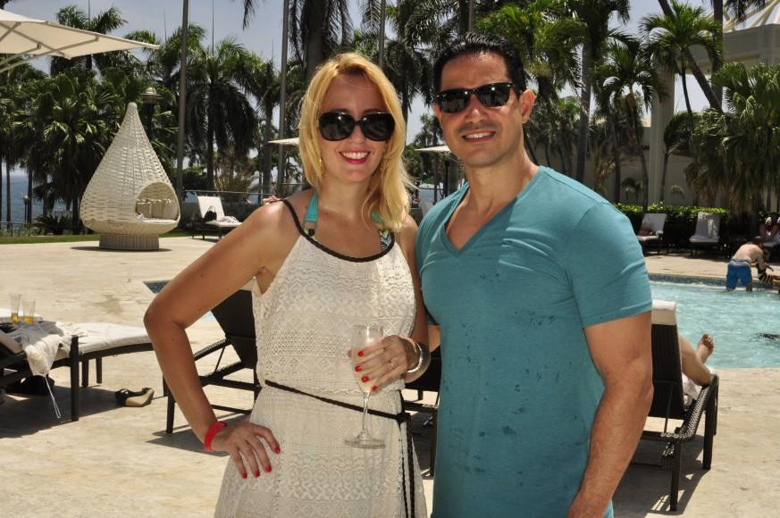 2 Lissette Catrain y Eric Reyes