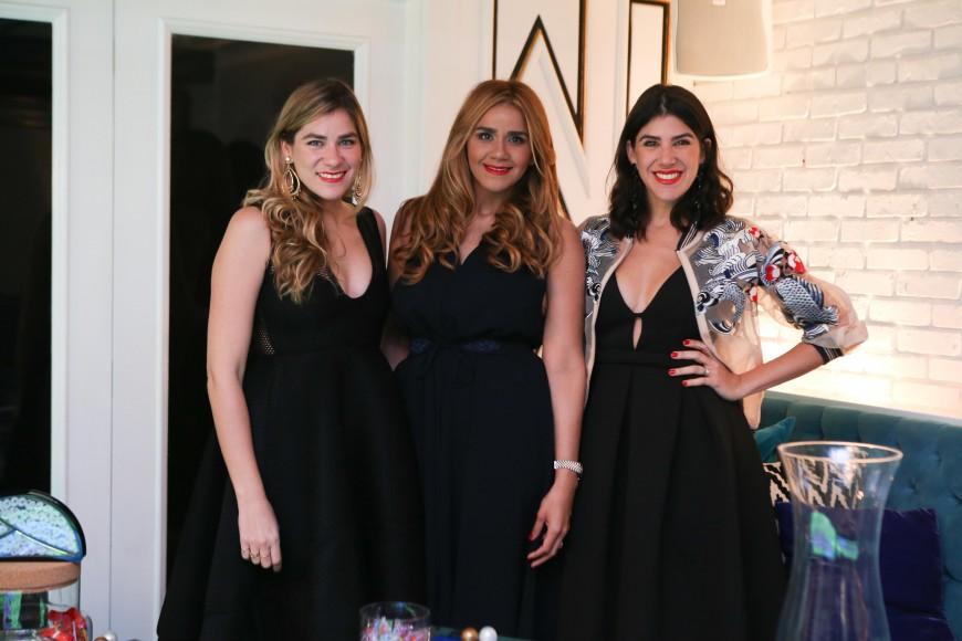 2. Michele Jimenez, Yoanny Garcia y Crystal Jimenez