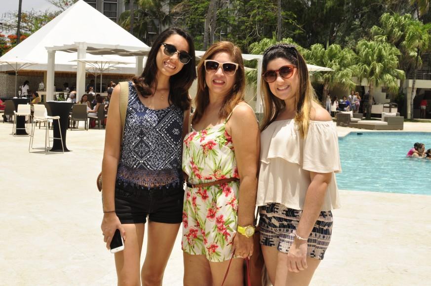 Aylin Chestaro, Pilar Cheaz y Karla Chestaro