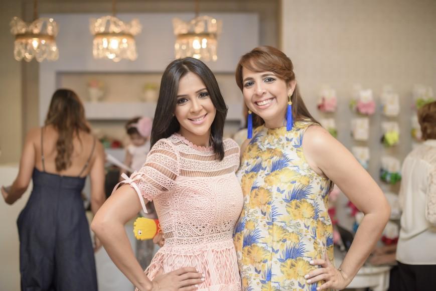 Caterin Rodriguez y Claudia Bisonó
