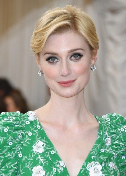 """NEW YORK, NY - MAY 02:  Elizabeth Debicki attends the """"Manus x Machina: Fashion In An Age Of Technology"""" Costume Institute Gala at Metropolitan Museum of Art on May 2, 2016 in New York City.  (Photo by Larry Busacca/Getty Images)"""