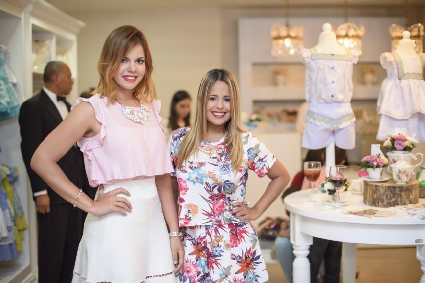 Paola Alvarado y Mayra Chacin