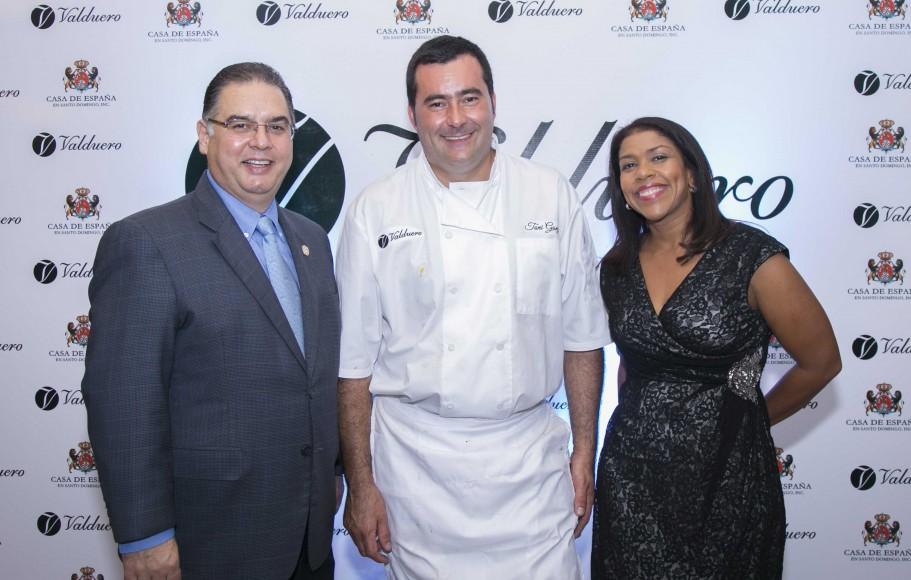 1 PRINCIPAL Raúl Rodríguez, José Antonio González y Wanda González