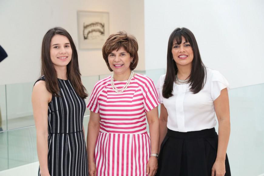 1. Principal - Amanda Ferreira, Sussy Guzman y Paula Gómez.