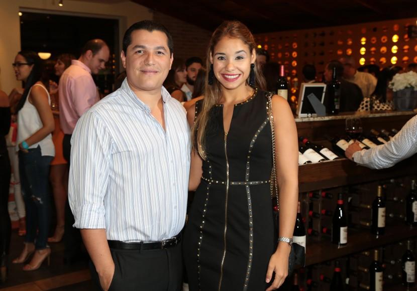 11 Francisco De La Cruz y Sarah Castaños