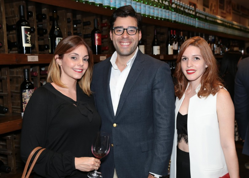 13 Carmen Dipino, Maeno Gómez y Sarah Vásquez