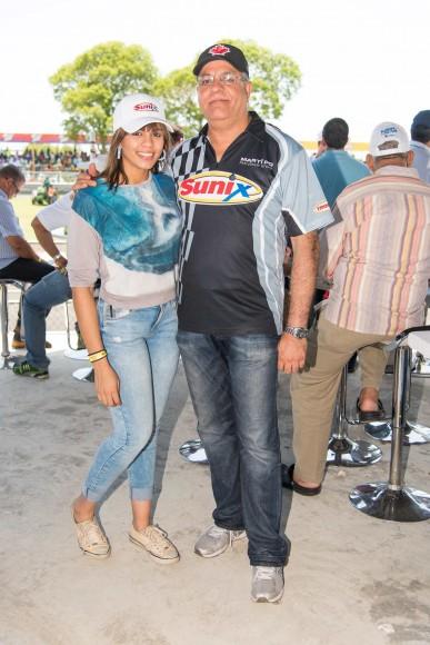 17 Sabrina Bejarano y Roberto Bejarano