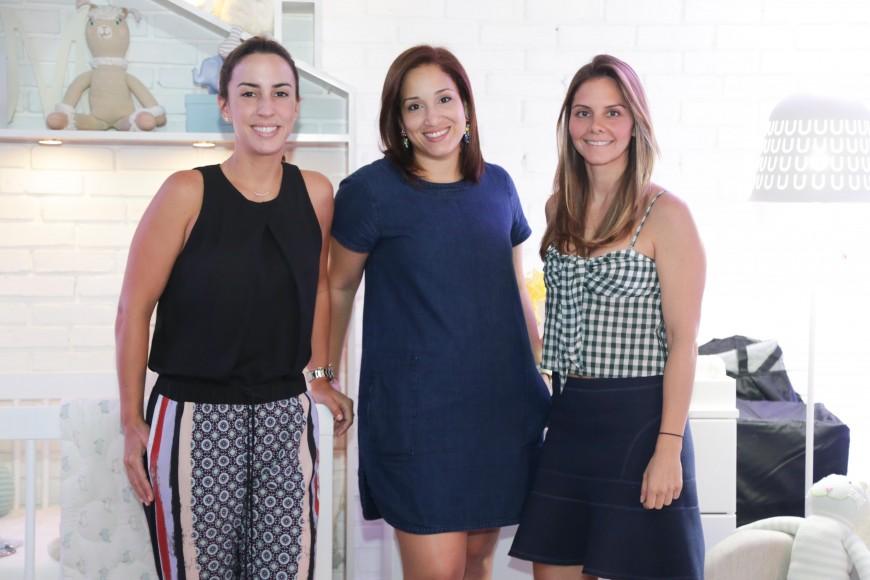 3. Paula Chotin, Jhisel Vargas y Nicole Thomas
