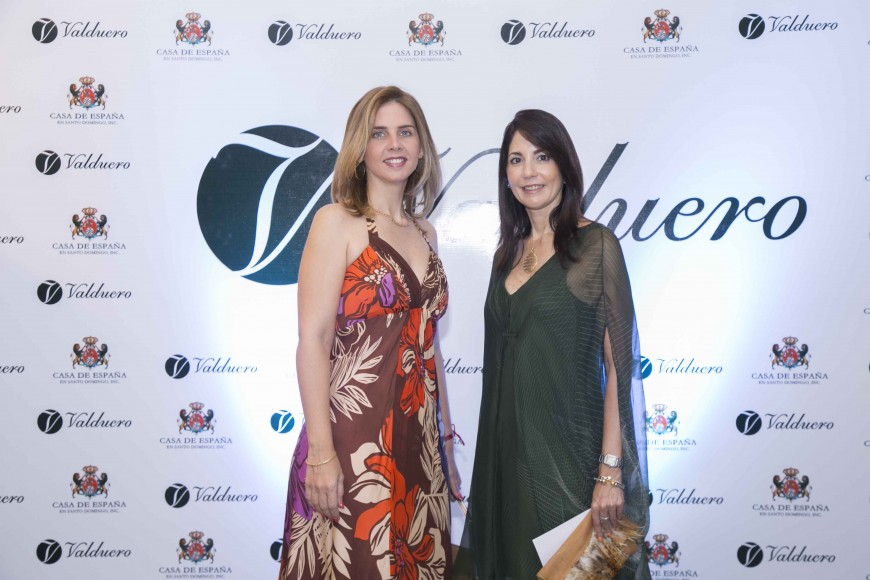 30 Arlene Lomba y Arla Álvarez Pumarol