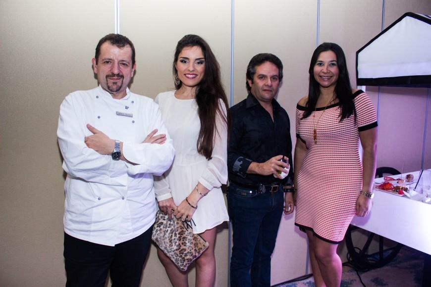 6 Alberto Martin, Aitziber Álvarez, Yessenia Álvarez y René Rodríguez