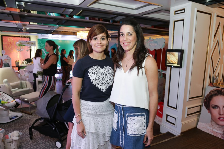 9. Carla Chalas y Laura Gutiérrez