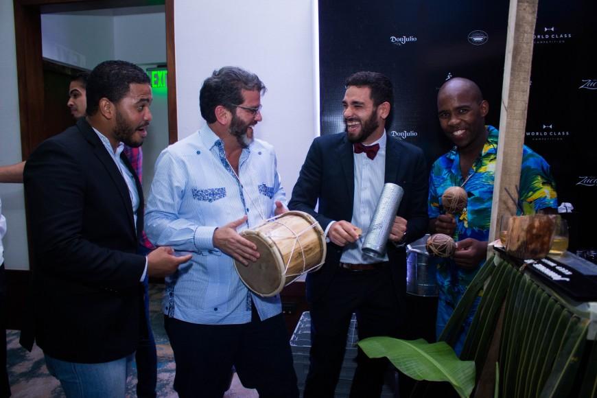 Principal 2 Arturo Savage, Pablo Figueiredo y George Valdéz