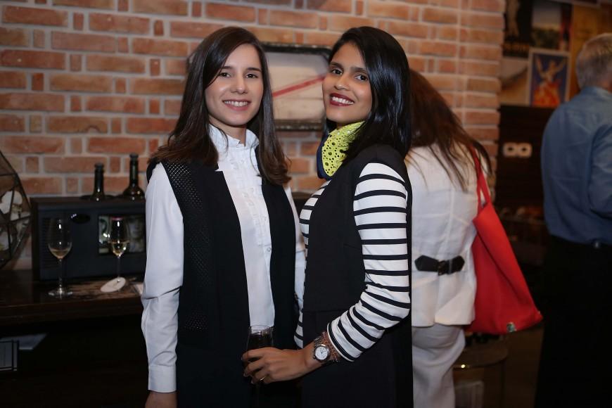 5 Amanda Ferreira y Maylé Vásquez