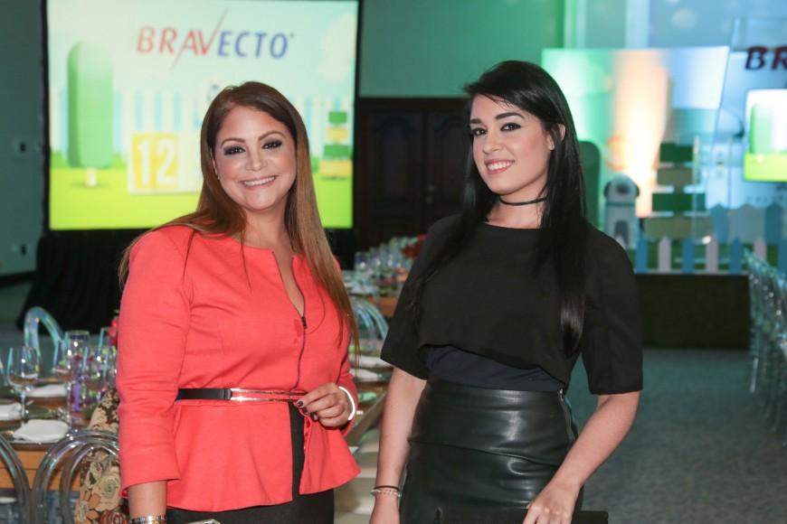 5 Rosa Grullón y Alejandra González_