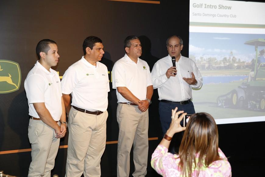 Joel Perdomo, (Consultor de Ventas Golf & Turf), Paul Lori (Experto en Capacitación Golf & Turf), Fabián Castañeda y Jaime Marranzini