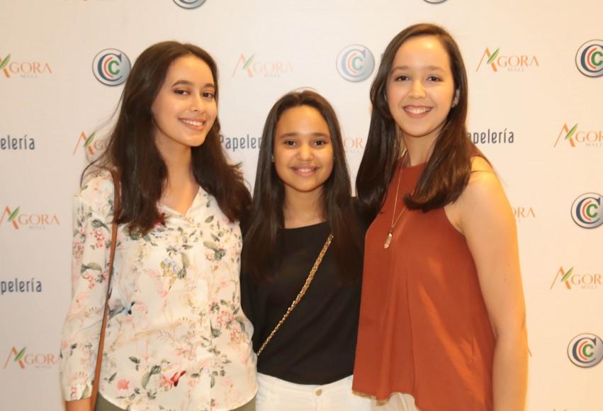 2 Ashley  Paredes, Karla Paredes y Nicole Paredes1 Ashley  Paredes, Karla Paredes y Nicole Paredes