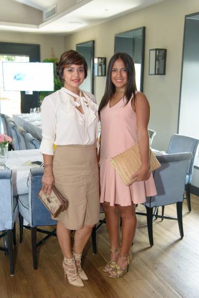 8. Diana Suriel y Paloma de la Cruz