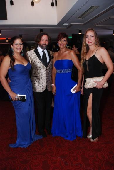 Stephanie Schmist, Rafi Mercado, Lola Catedrac y Laura Cuesta