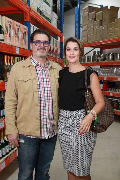 06 Juan Stefan, Marcelle Flores.,,