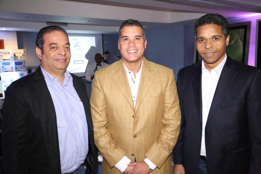 4 Saulo Rosario, René Palma y James Collins