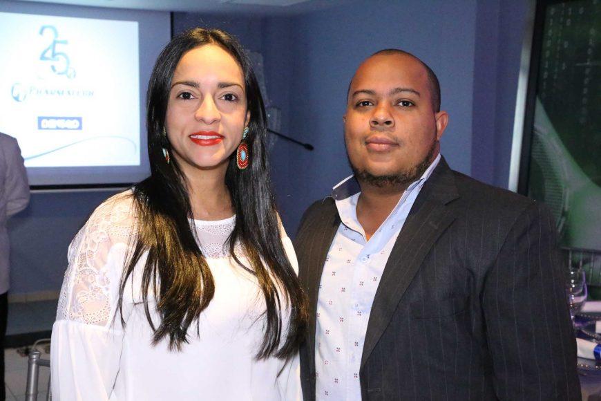 8 Gladys Cedeño y Santiago Díaz