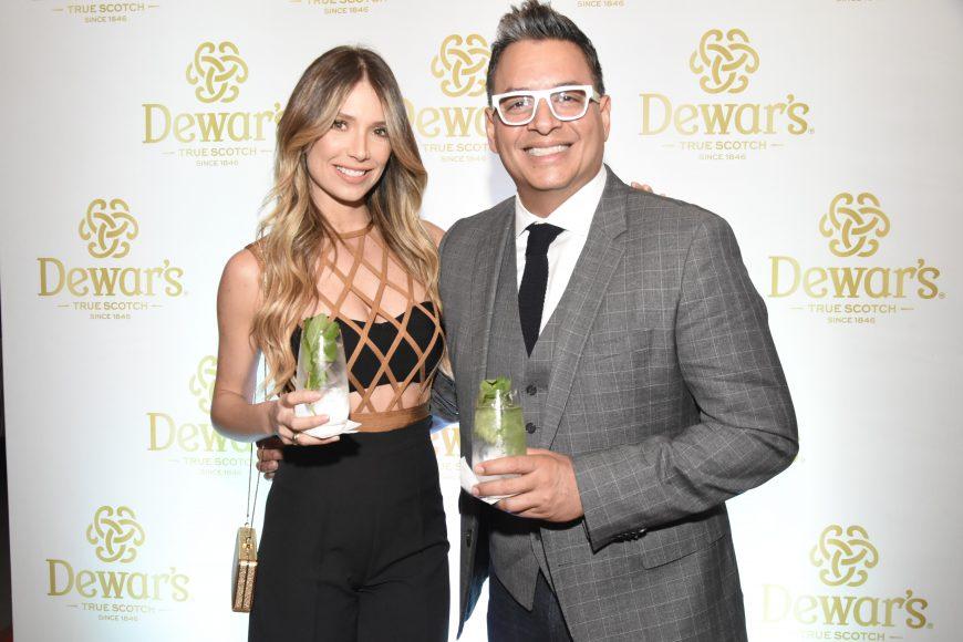Alessandra Villegas y Daniel Sarcos