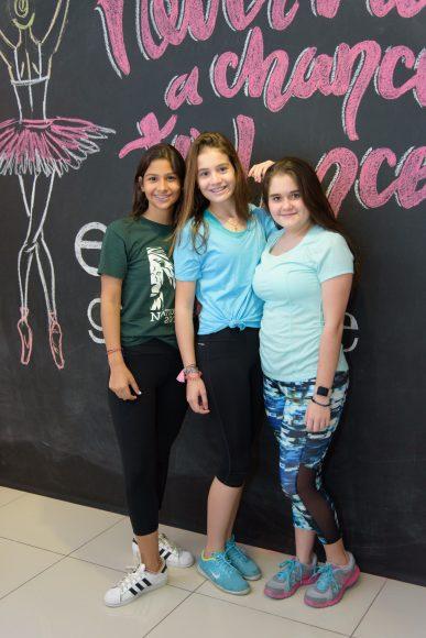 08 Valeria Santoni, Sara Cuadra & Regina Lugo