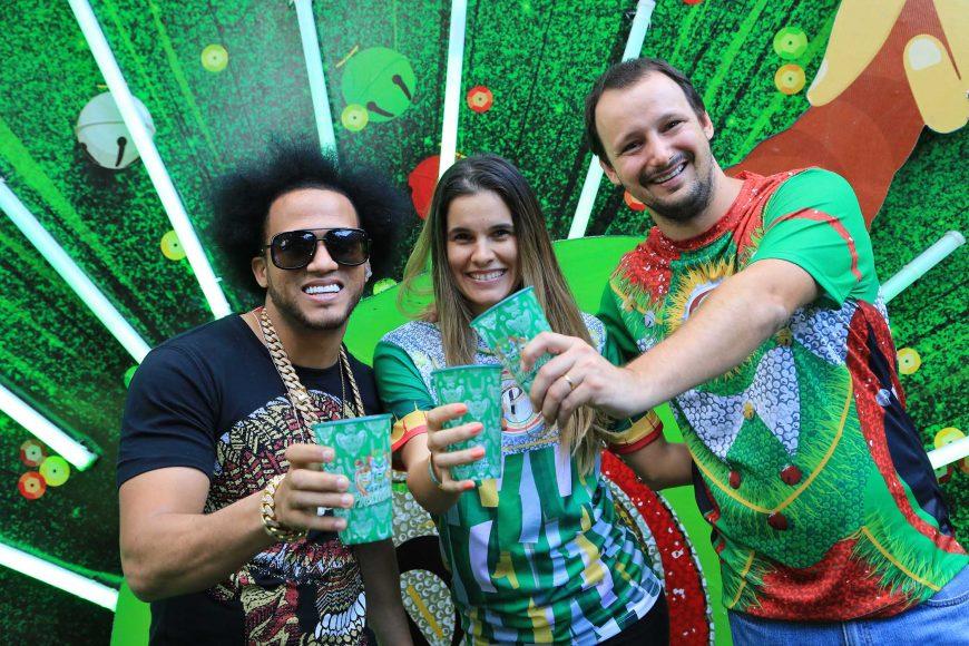 1 El Alfa, Melissa Martínez y Felipe Ambra