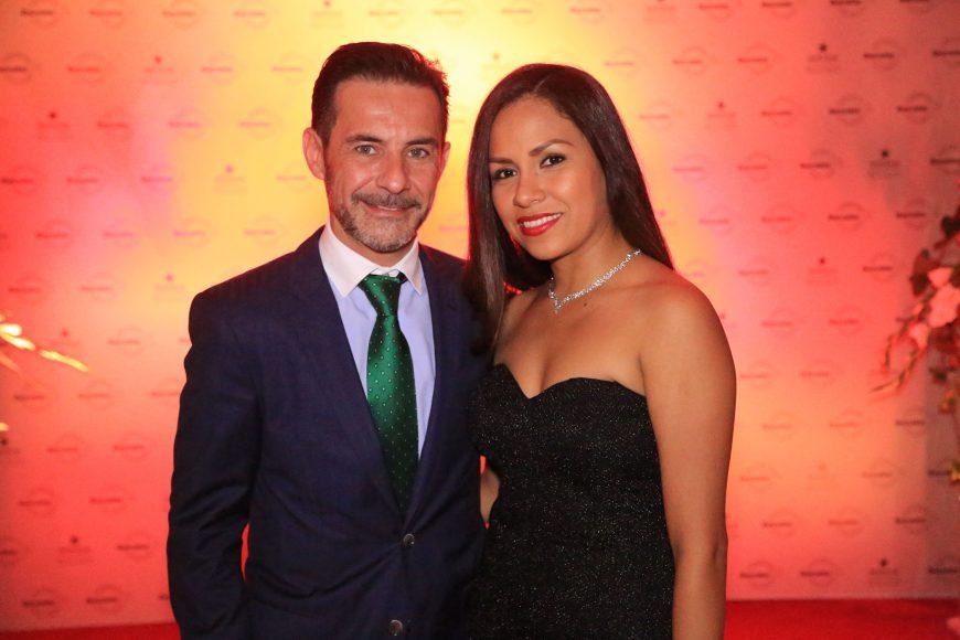 11-Pedro Morales y Vicky Rojas