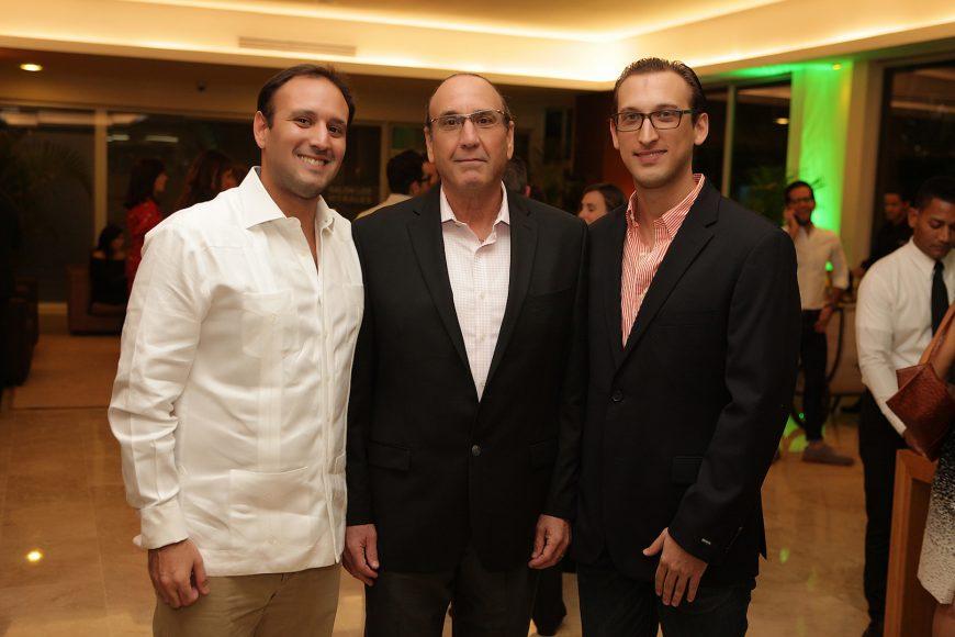 2 - Johnito Bernal, Johnny Bernal y Alex Bernal