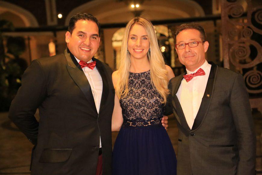 2 PRINCIPAL Raúl Pérez, Lara Wagner y Amando Pozo