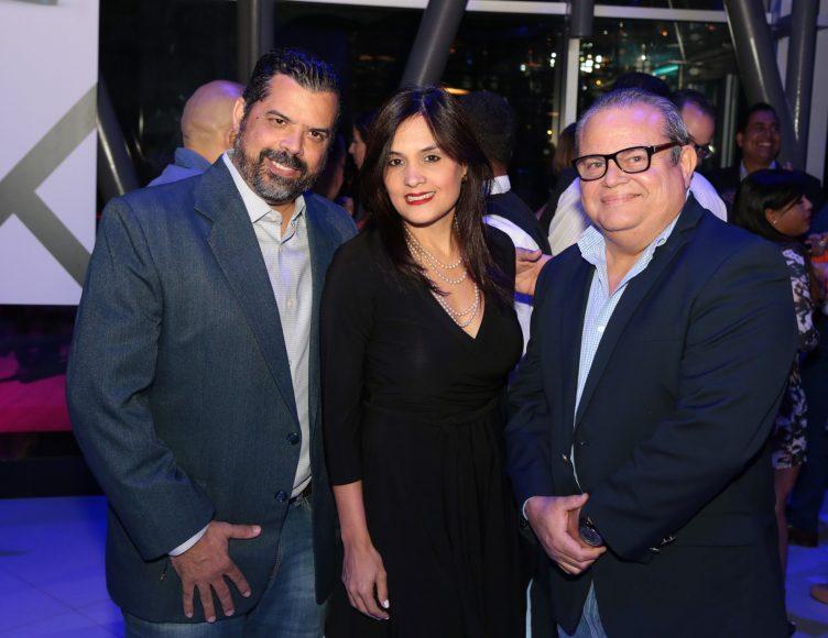 3 Jorge Valenzuela, Liza Arzeno y Alfonso Quiñones