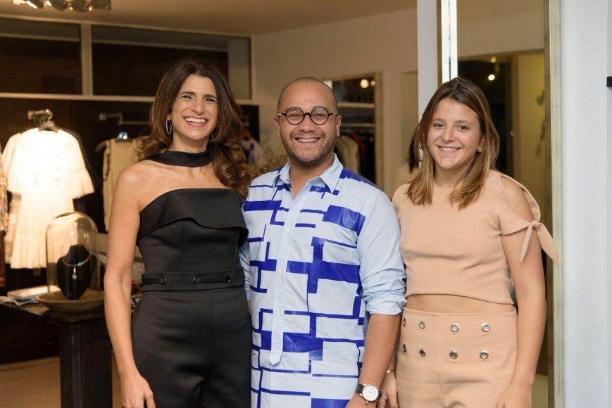 3. Roxanna Acebal de Rizek, Juan Manuel Polanco y Mariella Acebal