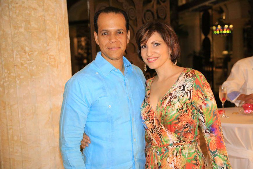 5-Sady Vélez y Jenny de Vélez