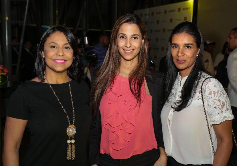 6 Kismet Madera, Carolina Guzman y Marlenyn Javier