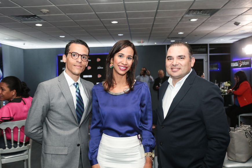 7 Sheila Florentino, Jose Holguin y Javier Toledo