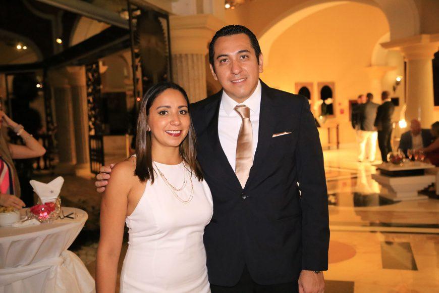 8 Robert y Norma Saito
