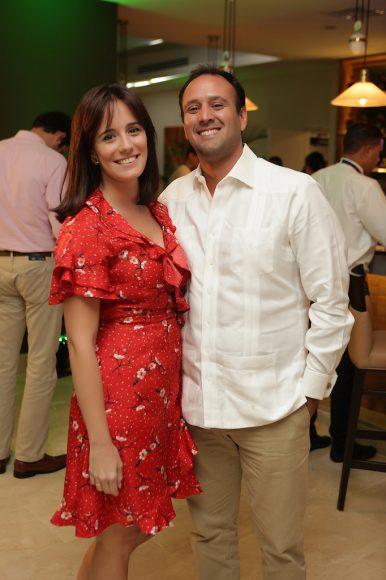 9 - Aida Ripoll y Johnito Bernal